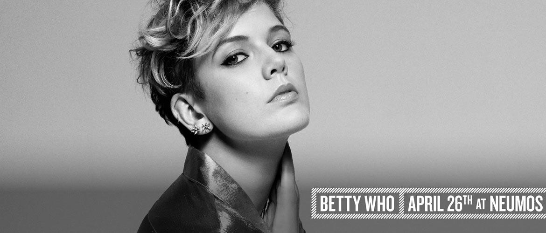 Betty_Who_Desktop